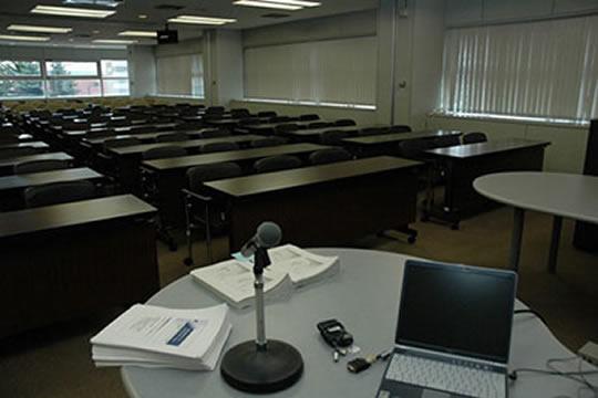 会議室連結時の使用例写真(利用者なし)